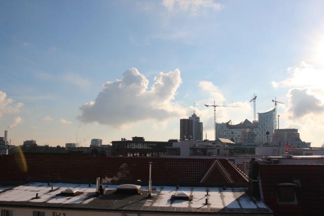 Blick aus unserer Wohnung auf die Elbphilharmonie