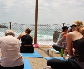 Sydney_Bondi_Yoga_Blick_Leute