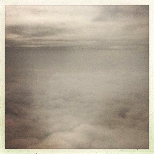 die grauen Wolken werden zurück gelassen