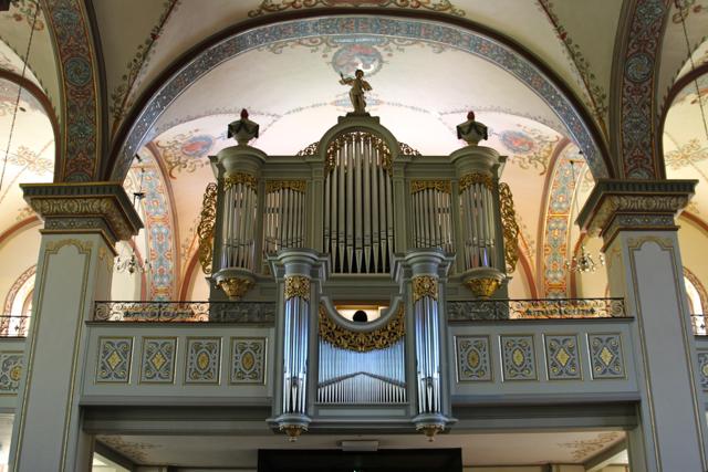 Orgel in der örtlichen Kirche