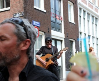 Tour_Holland_Strassenmusiker_Amsterdam_pushreset