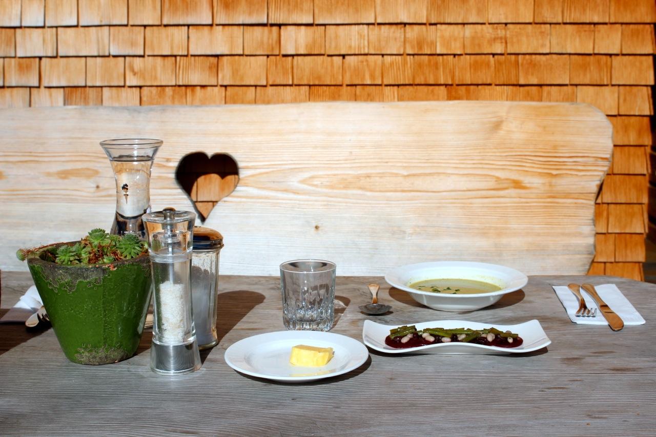 unser Lunch auf der Terrasse