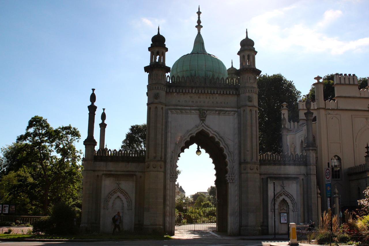der Eingang zum Palast