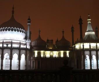 Brighton_Palast_Nacht_pushreset