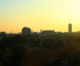 London_Metropolitan_Ausblick_Abendlicht_pushreset