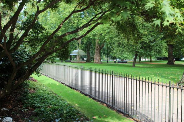 so grün und groß – der St James Park