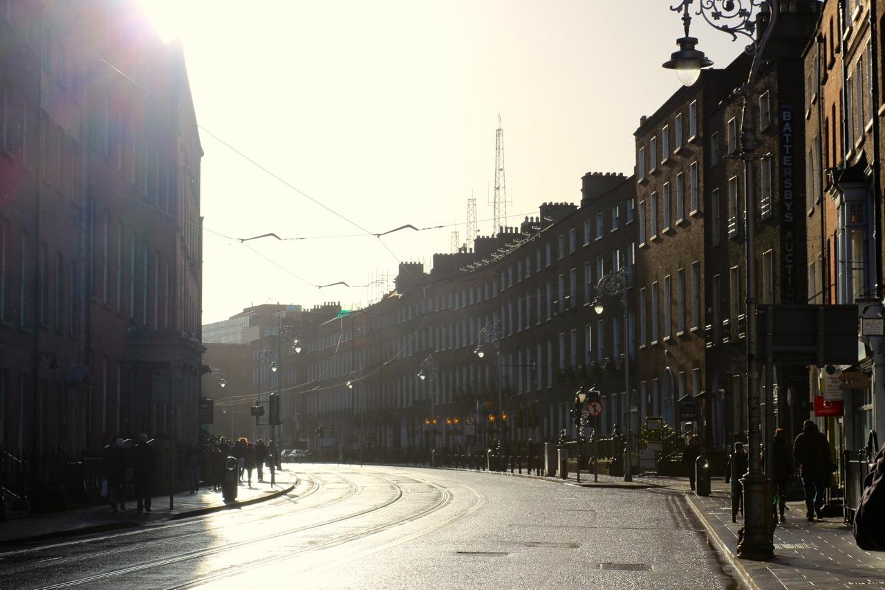 Strasse im Sonnenlicht