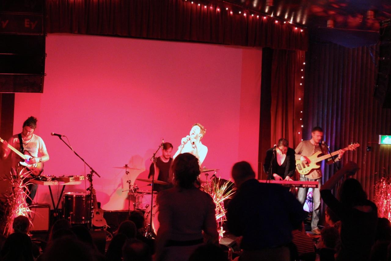 Band im Sugar Club