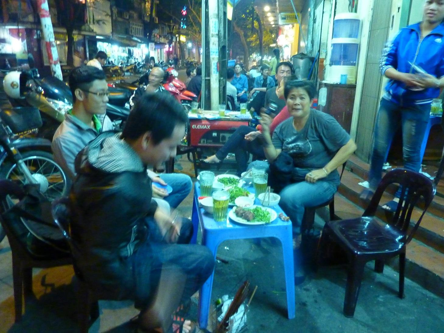 Hanoi Streetfood ©Nora_Luttmer