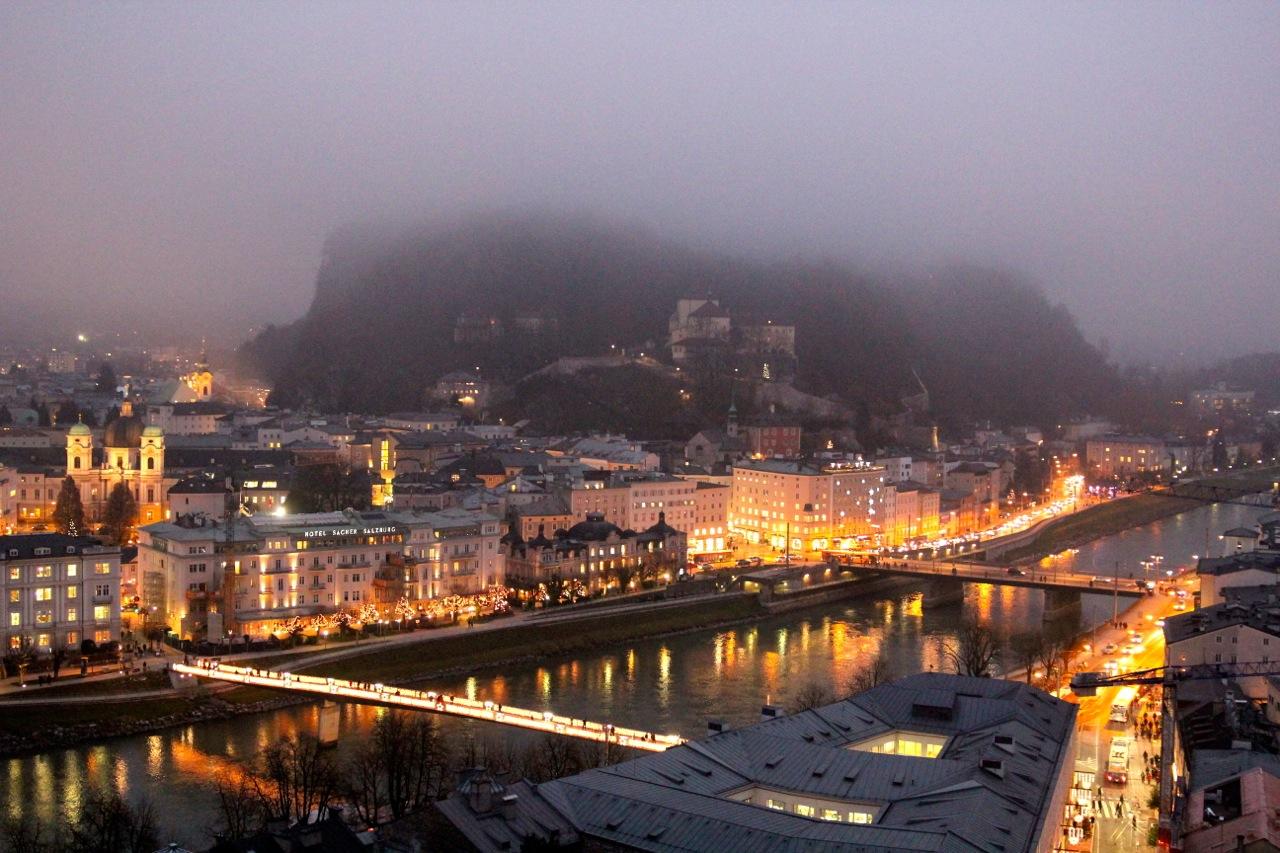 Salzburg bei Nebel
