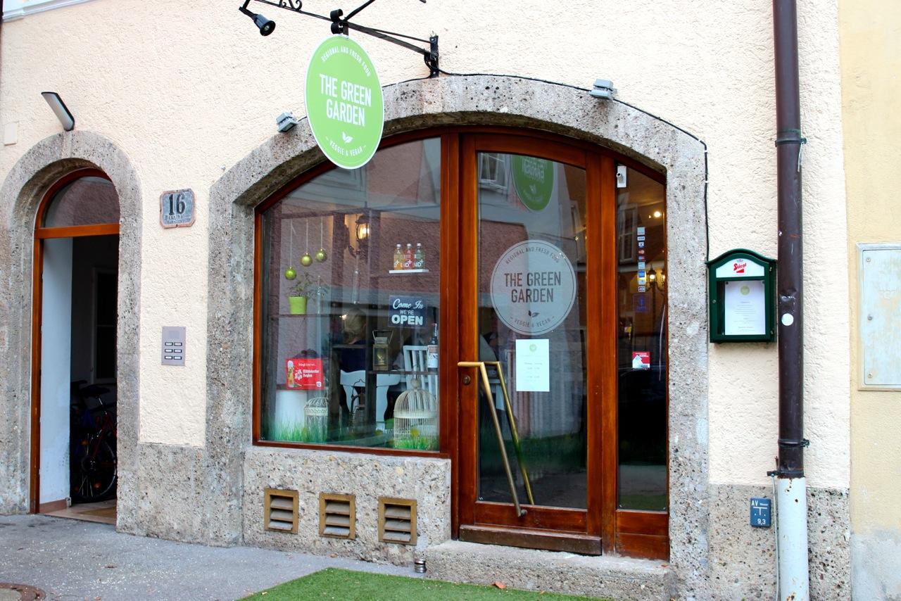 """das Restaurant """"Green Garden"""""""