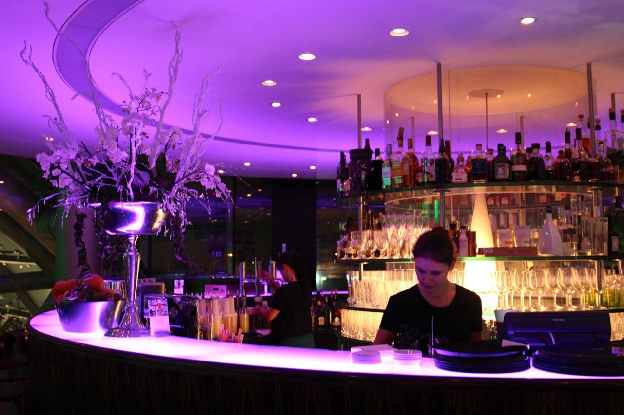 die Maybar Bar im Hangar 7