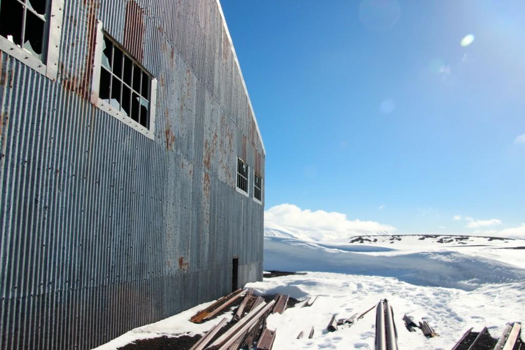 1928 startete der Australier Hubert Wilkins von Deception Island zu Erkundungsflügen über die Antarktis