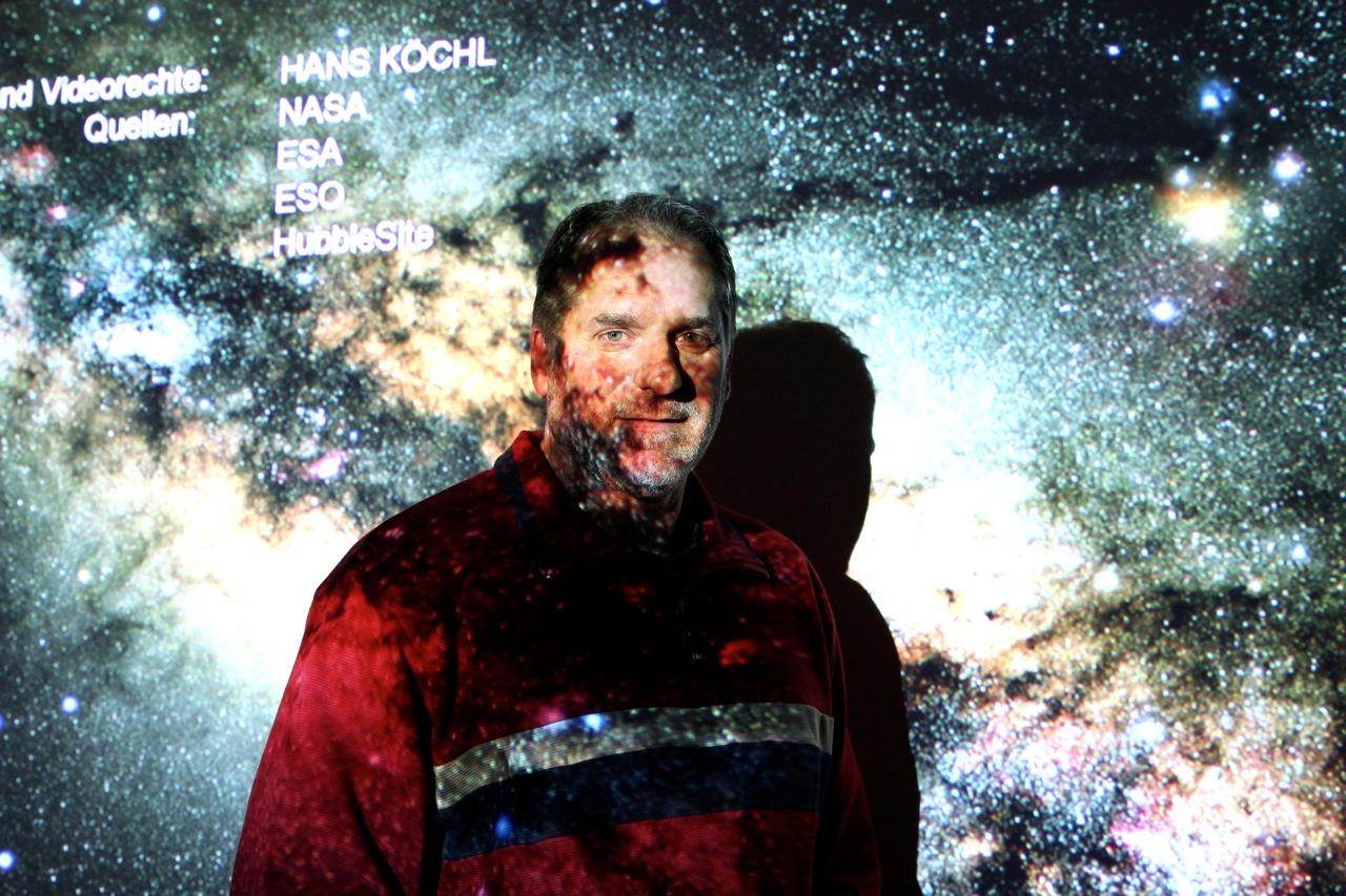 Hans Köchel erklärt uns die Sterne