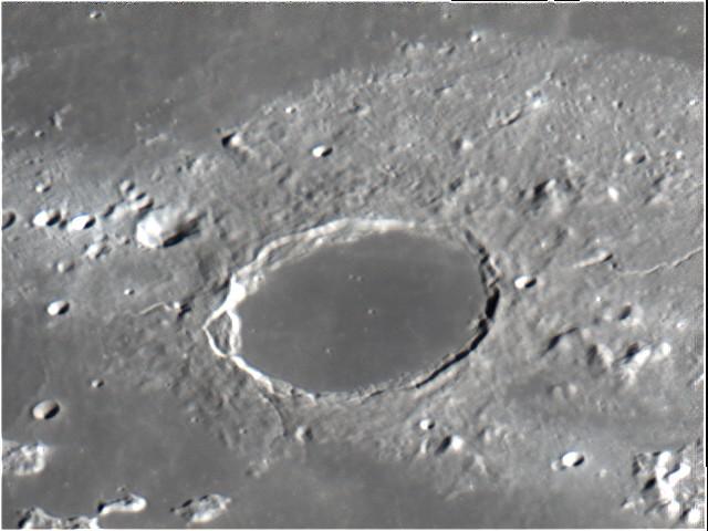 Plato – ein Krater auf dem Mond