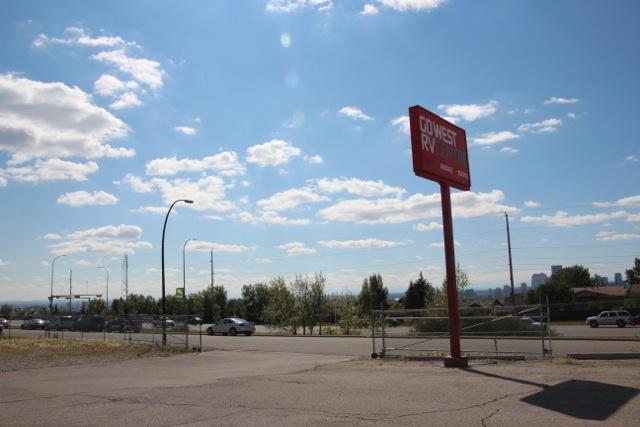 Go West in Calgary – hier nehmen wir unser Heim für die nächsten Wochen entgegen