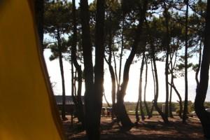 Zeltplatz mit Blick aufs Meer