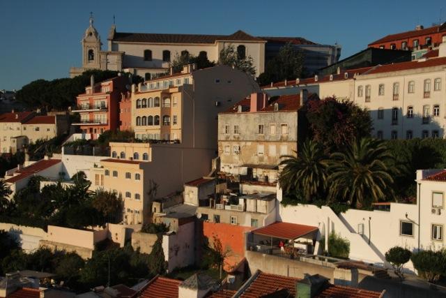 Blick aus unserer Wohnung am Castelo São Jorge