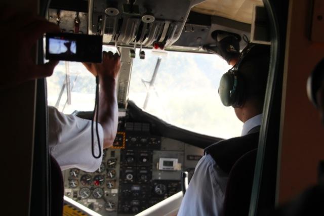 Sturzflug auf den Flughafen von Lukla