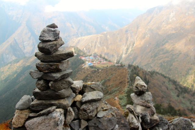 Die Steinmanderl markieren die 4000-Meter-Marke