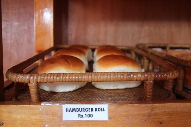 Hamburger Roll in Namche Bazaar