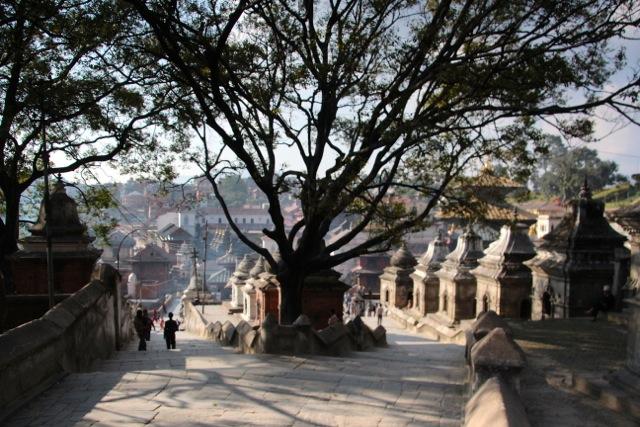 Pashupatinath ist Tempelanlage und für die Hindus die wichtigste Bestattungsstätte im Kathmandu-Tal