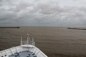 Ausfahrt aus dem Hafen Montevideos