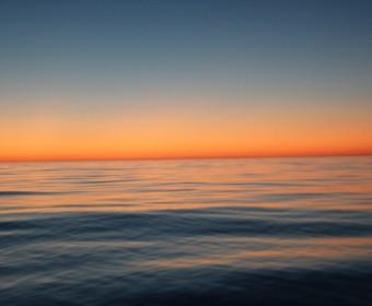 traumhaft – Sonnenuntergang über dem Südpazifik