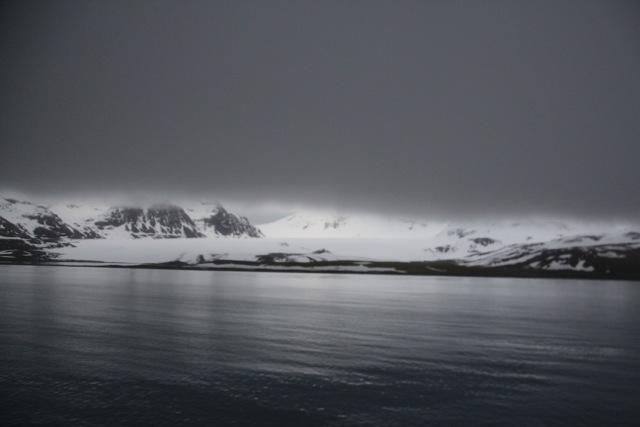 Südgeorgien liegt unter einer Nebeldecke