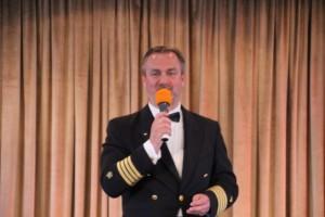 Kapitän Mark Behrend hat auch Entertainer-Qualitäten
