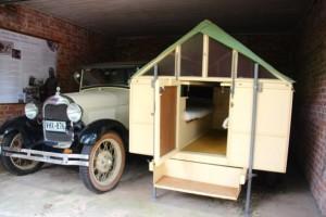 das mobile Studio des 1968 gestorbenen Künstlers in der Garage