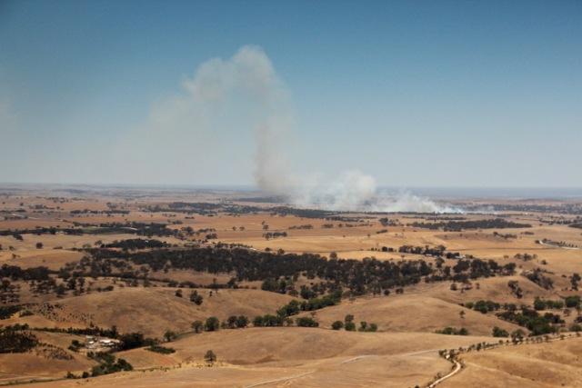 Rauch über dem Barossa Valley