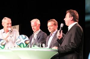 Talk-Runde: Fußballexperten