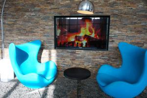 blaue Sessel in der Lobby